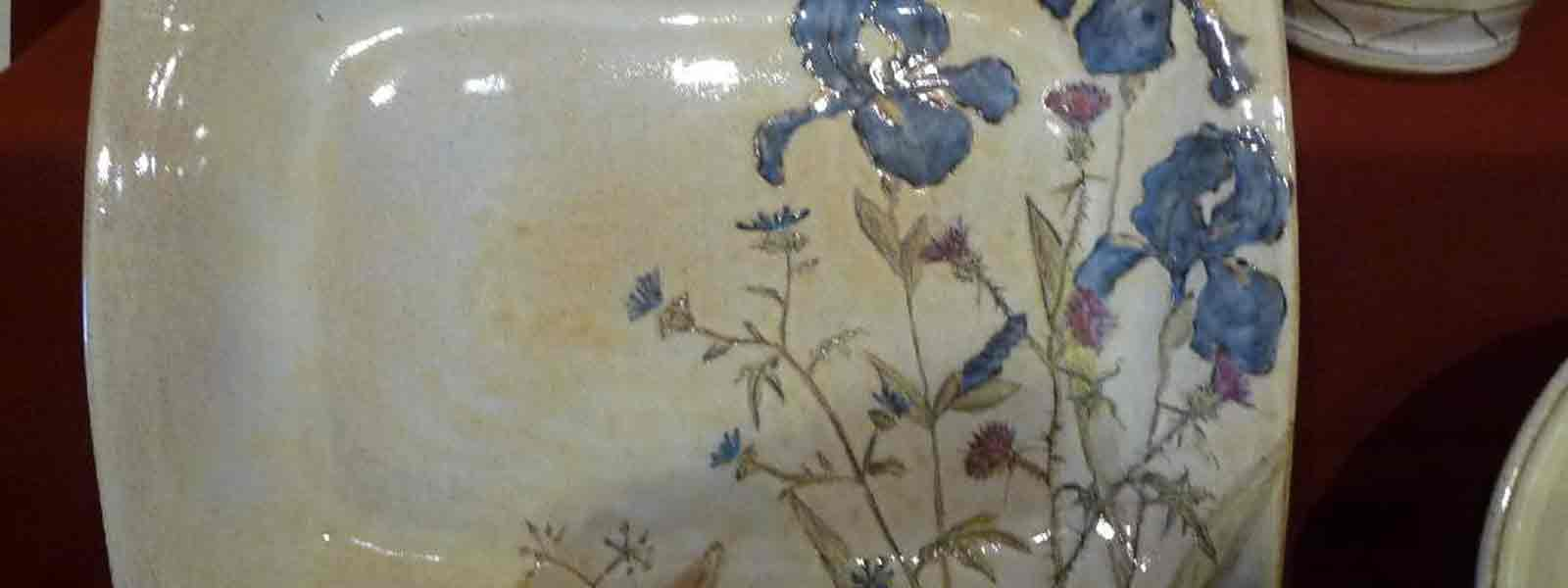 H_Ceramiques-J.-Marchand_PLAT-A-DECOR-FLORAL.jpg